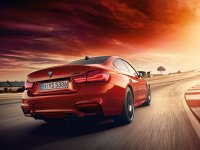 BMW M4 driving video clip